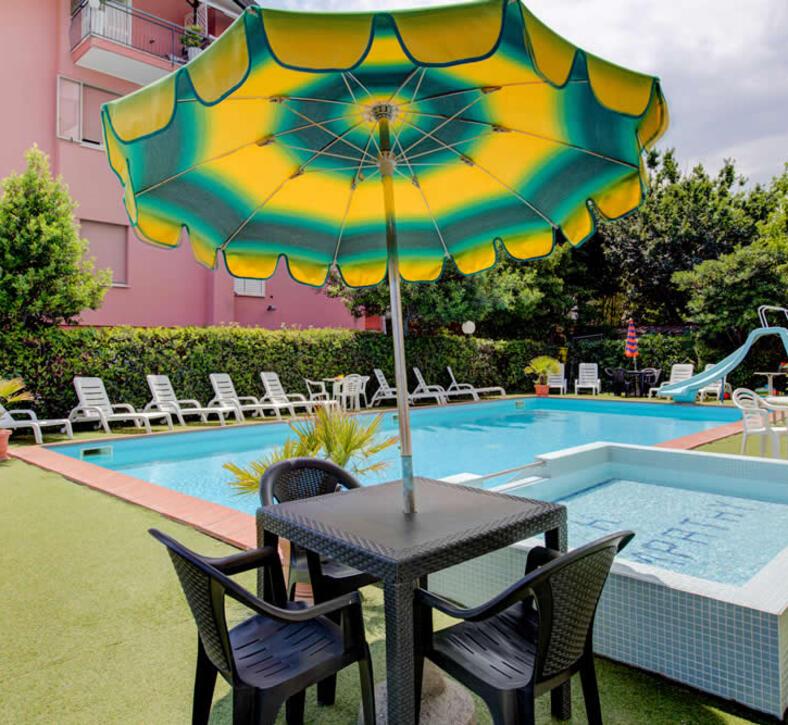 hotelsympathy it piscina 005