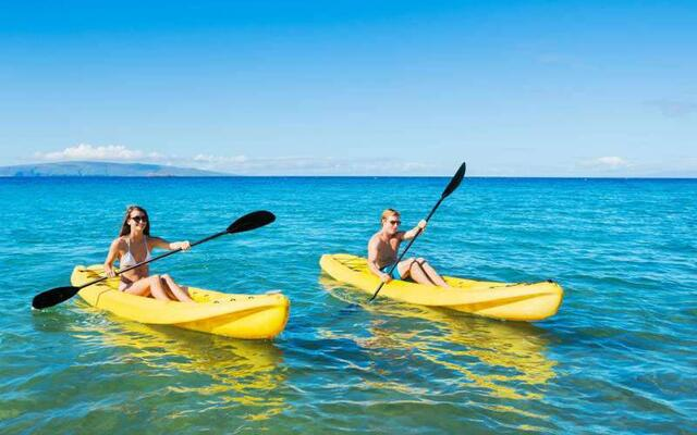 Discover the lagoon by kayak