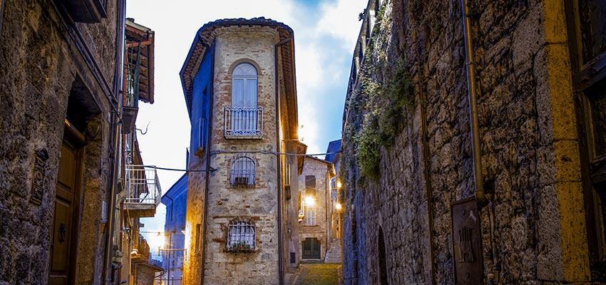 Castelli in Abruzzo - Mete ed escursioni