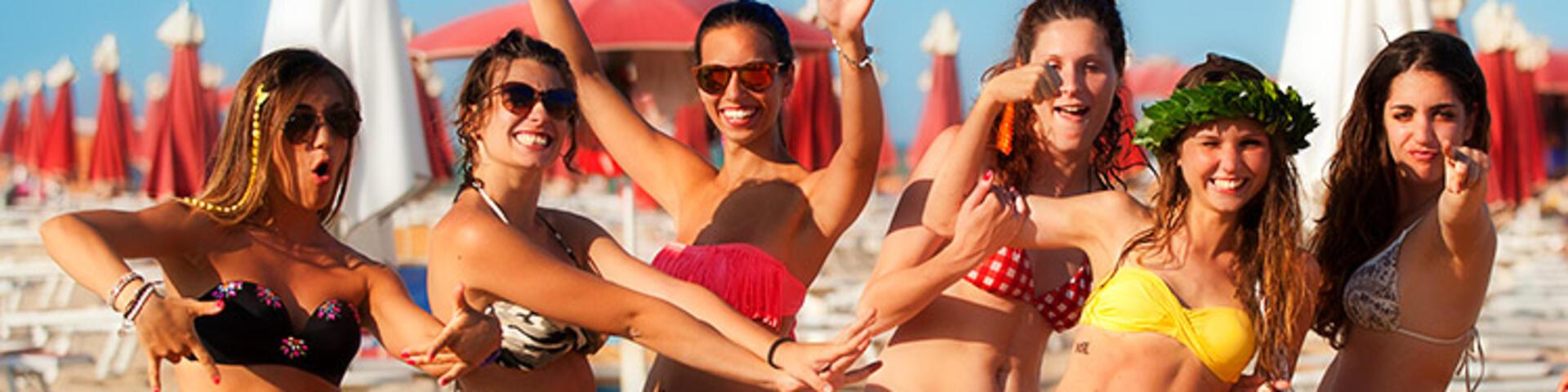 vacanze con amici, hotel rimini per ragazzi, appartamenti rimini vacanze con amici