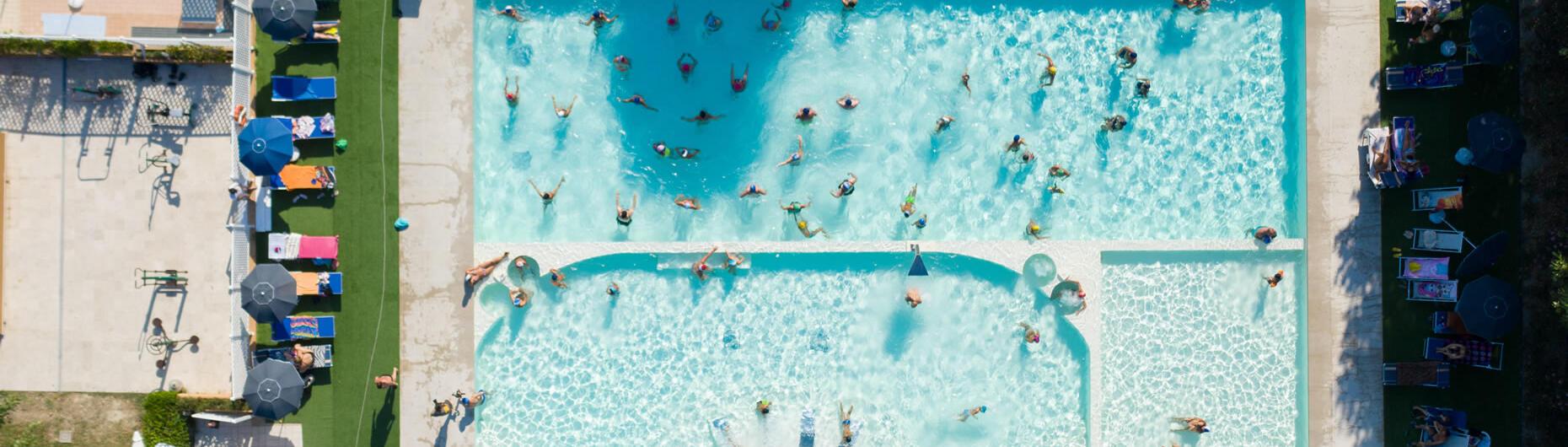 vacanzespinnaker fr camping-avec-piscine-marches 005