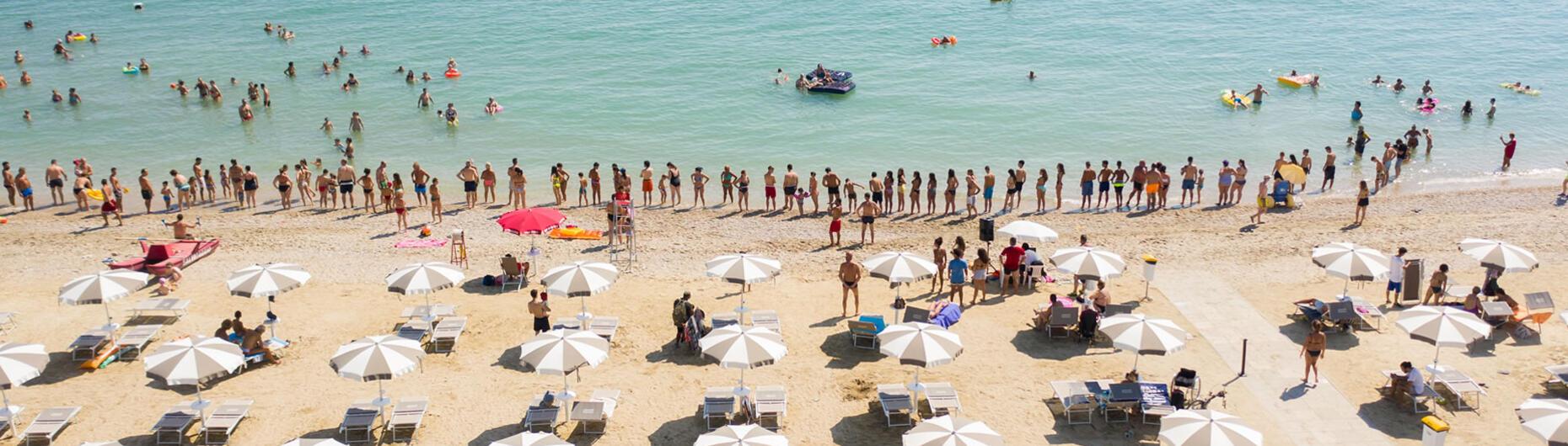 vacanzespinnaker en private-beach 005