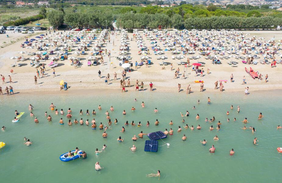 vacanzespinnaker en private-beach 006