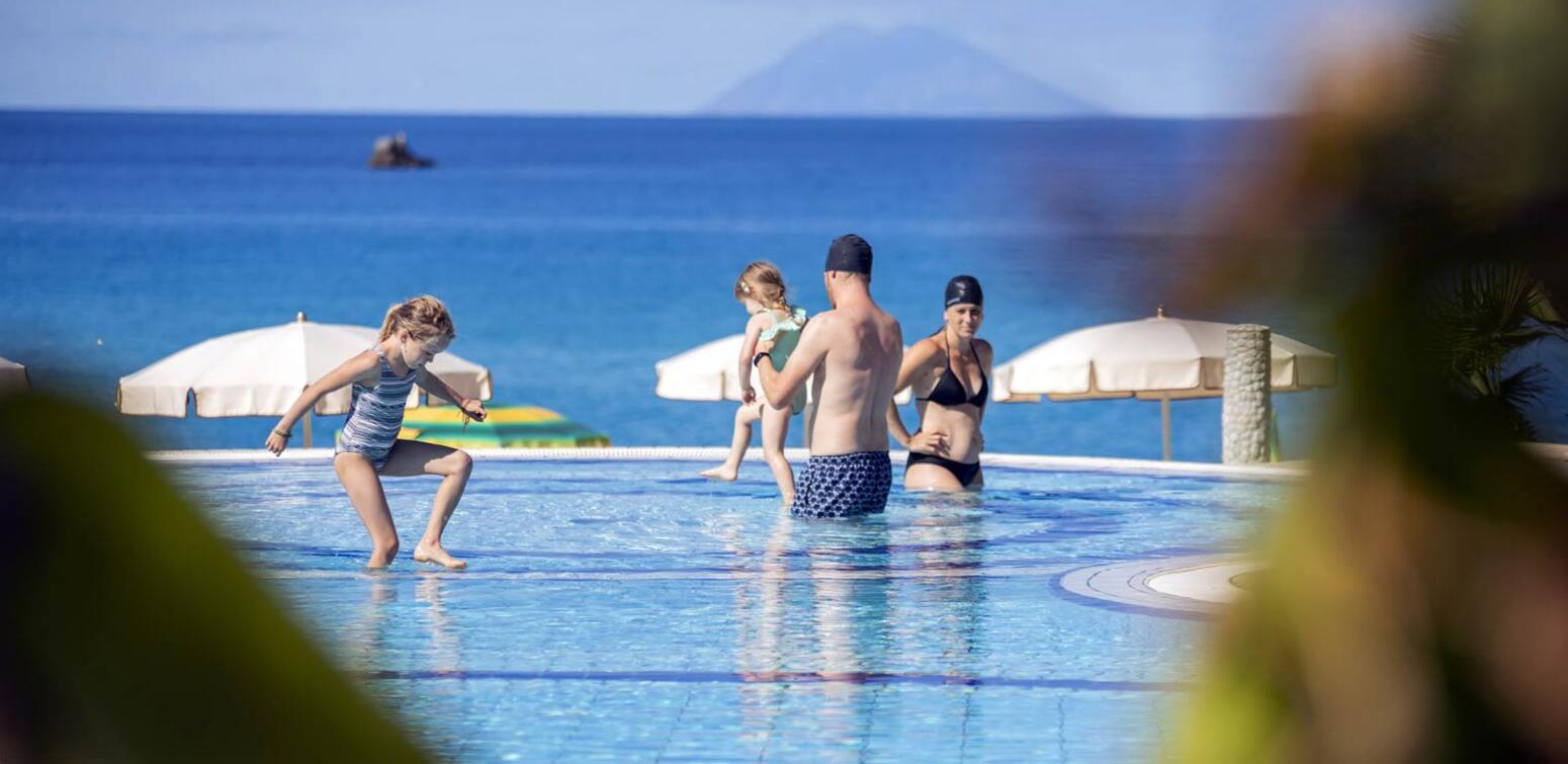 villaggioilgabbiano en resort-with-pool-capo-vaticano 012