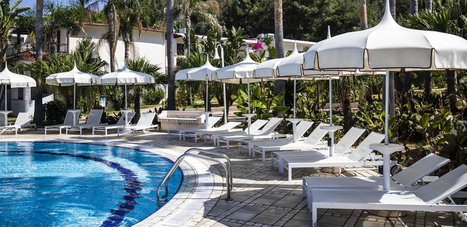 villaggioilgabbiano en resort-with-pool-capo-vaticano 014