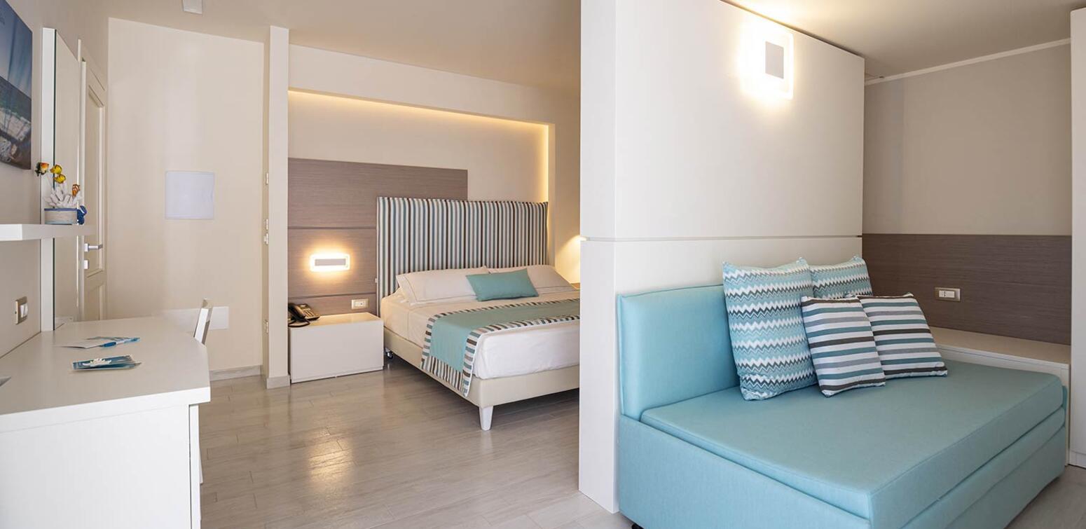 villaggioilgabbiano en triple-room 012