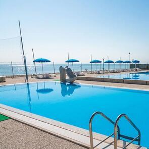 villaggiolemimose it piscina-porto-sant-elpidio 011